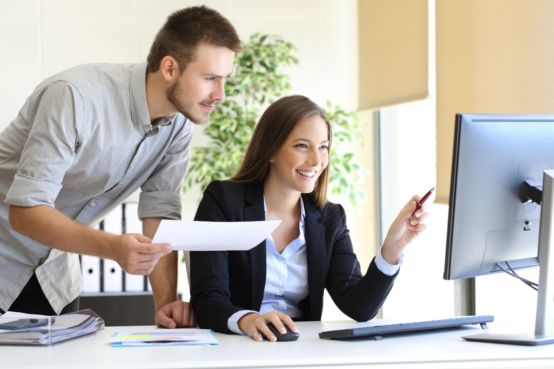 Jira und Zendesk sind Möglichkeiten eines Service Desks.